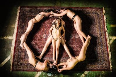 oliver-rath-peace-sign-with-naked-bodies
