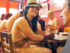 nude dinner group