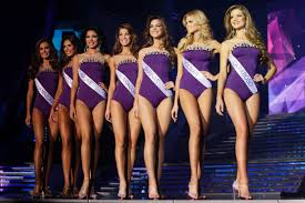 beauty pageant swimsuit competition
